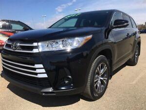 2017 Toyota Highlander LE, AWD, 27,886 KM