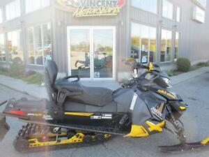 2013 Ski-Doo RENEGADE X-PACKAGE 800 E-TEC Cambridge Kitchener Area image 2