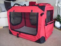 NEW MOOL LIGHTWEIGHT FABRIC DOG/PET CARRIER CRATE WITH FLEECE MAT - XL - 81x58x56cm - RED