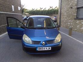 Renault megane scenic excellent all round condition MOT price is £475
