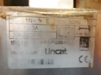 Lincat double Fryer. In good condition but needing new thermostats.