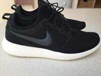 Brand new men's limited edition Nike Roshe shoes size 11