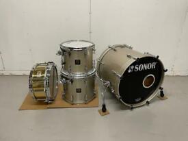 Sonor Delite drum kit + Pearl snare