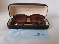Beautiful Sunglasses in Case with Dustcloth