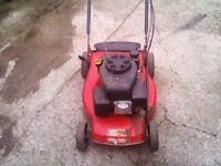 Petrol lawnmower self-propelled