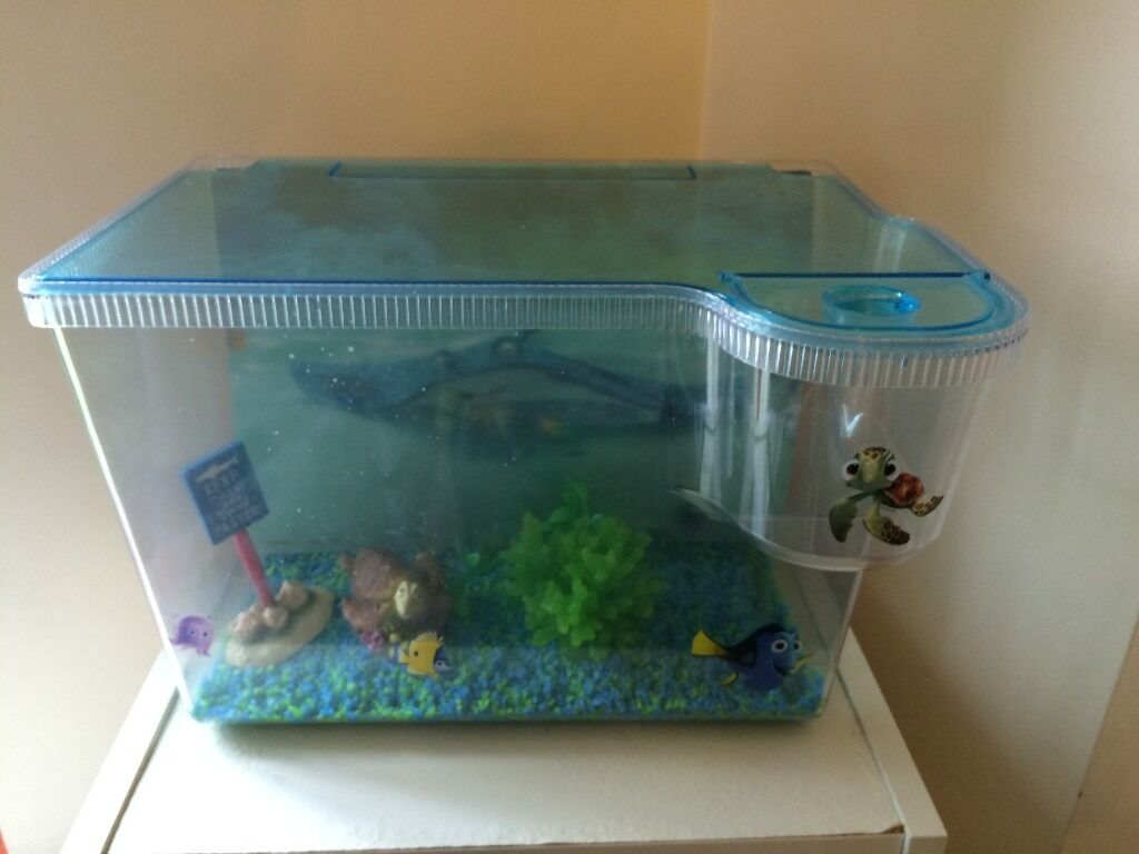 Fish tank nemo - Fish Tank Finding Nemo 3d Tank With Matching Ornaments And Matching Gravel