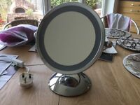Magnifying makeup mirror with light good quality chrome
