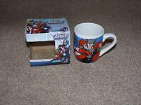 MARVEL Avengers Mug & box
