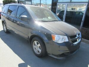 2011 Dodge Caravan SE WITH ALLOYS & REAR AC