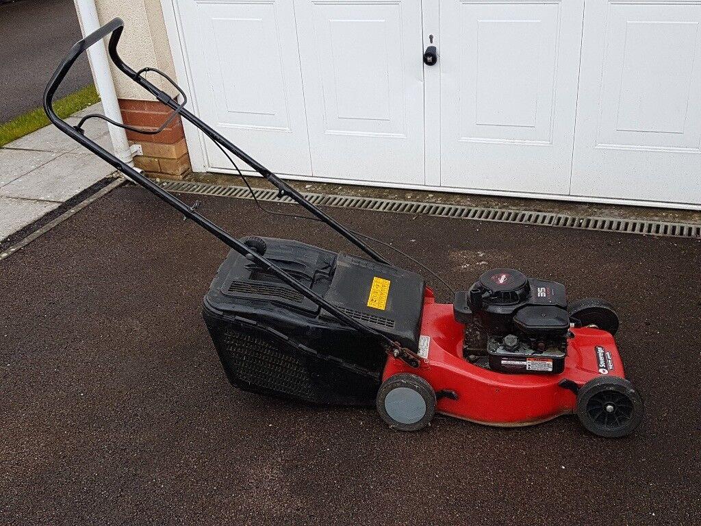 Sovereign 35 Self Propelled Petrol Lawnmower 40cm Cut