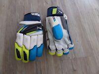 Brand new - Puma Evopower 2 batting gloves - Youth