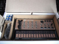 Korg Volca Keys Analogue Loop Synth Polyphonic Synthesizer Sequencer & Delay
