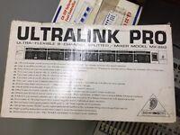 Behringer MX 882 Ultralink Pro Rack Mixer/Splitter