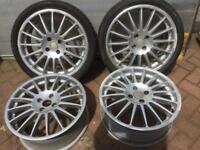 Alloy wheels.