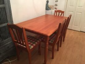 Second Hand Dining Table with 4 Matching Chairs - £80