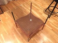 Lovely wicker coffee table with glass top, metal legs 60x60x57cm
