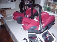 2 MAXI COSI STAGE 1 CAR SEATS WITH ISOFIX BASES - VGC