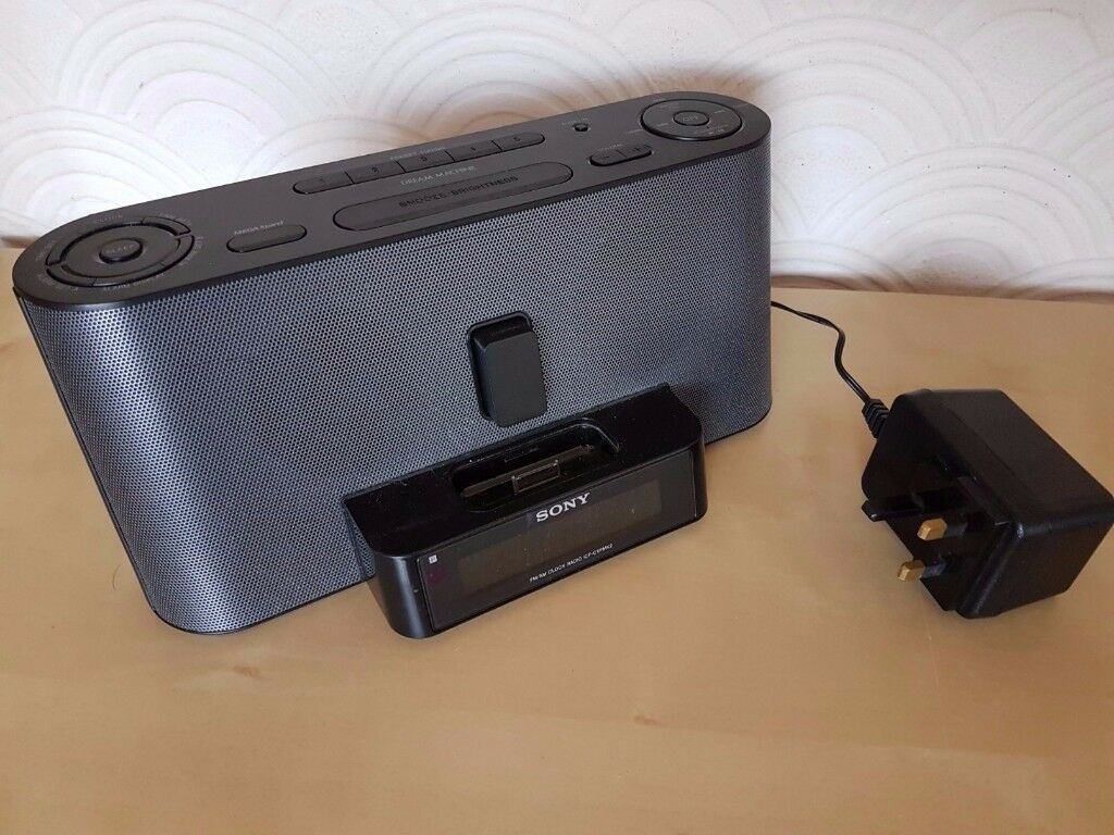 Sony iPod/iPhone Speaker Docking Station with Alarm Clock and FM Radio