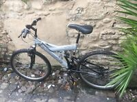 Shockwave 500 dual suspension mountain bike 18 gears 19 inch frame 26 inch wheels v brakes