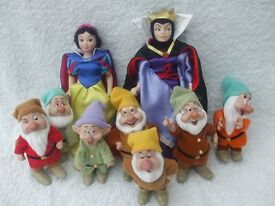 "DISNEY ""SNOW WHITE & SEVEN DWARFS"" FIGURES"