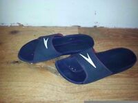 Speedo Atami Men's Beach and Pool Shoes Flip Flops condition used UK size 10 holidays swimming-pool
