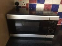 Microwave Oven - nearly brand new!!