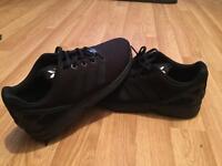 Black adidas flux
