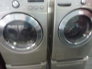 69-  Laveuse Sécheuse Frontales  LG  4.2  Frontload Washer Dryer
