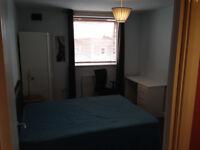 Double Room in Shepherds Bush W12