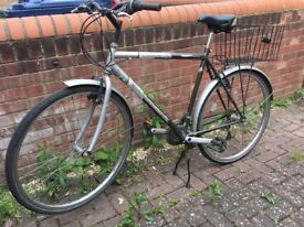 city bike / urban classic bicycle