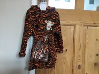 Disney tigger dressing gown with slippers