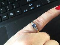 9ct yellow gold diamond and sapphire ring