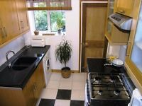 AVAILABLE 1 BED PET FRIENDLY PROPERTY CLOSE TO Raynes Park and Wimbledon Chase train stations !!!