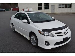 2012 Toyota Corolla S 5M Leather & Moonroof