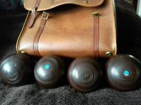 Four r w Hensall and sons made in Australia bowls and original leather bag