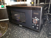 Black hotpoint mircowave, excellent condition with manual