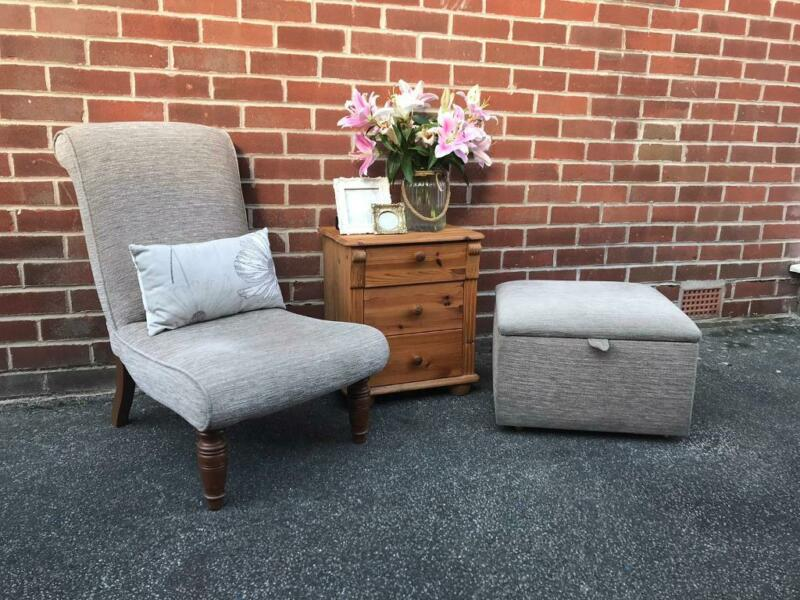 Victorian Antique Slipper Chair Cottage Farmhouse Bedroom OTTOMAN Footstool Oak Legs Armchair for sale  Batley, West Yorkshire