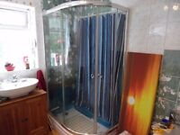1200mmx800mm quadrant shower cubicle & tray, around 5 years old