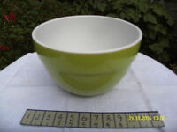 Mixing Bowl, 4 litre ceramic, lime green glaze, from Cookshop Collection, no cracks or chips, as new