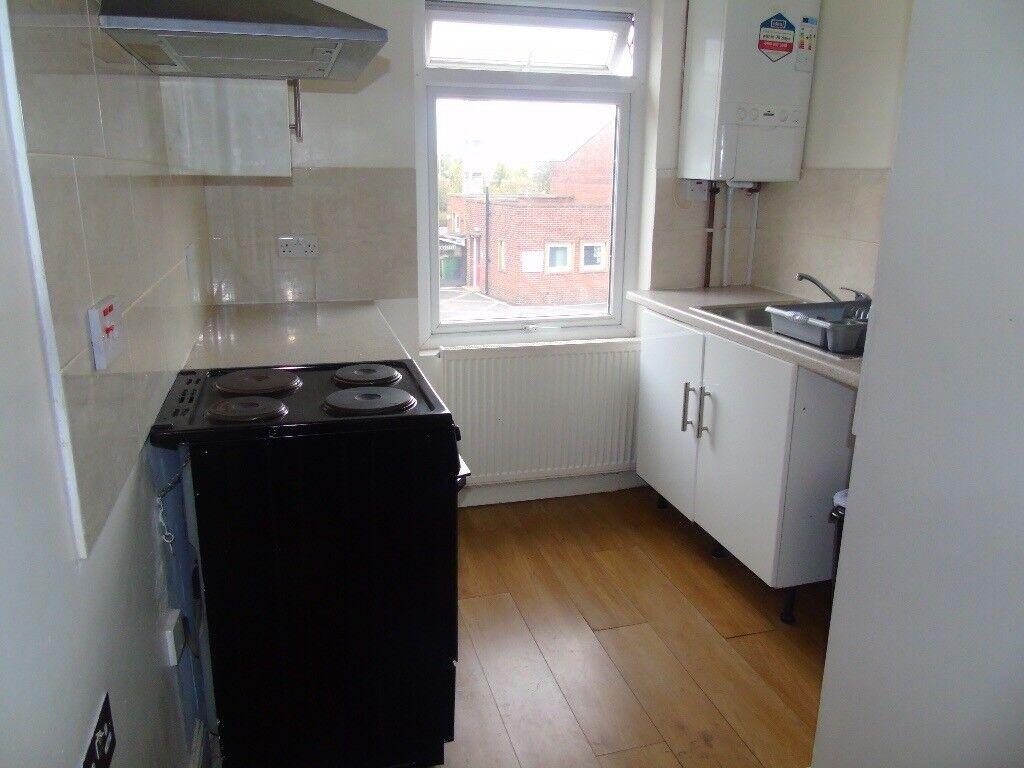 One double bedroom flat. Clay cross