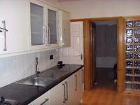 New, refurbished, quiet, WIFI all bills inc. £1000 1 bedroom flat