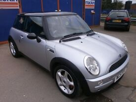 2002 MINI COOPER 1.6 MANUAL, FULL LEATHER INTERIOR, FULL SERVICE HISTORY, NICE CLEAN CAR, HPI CLEAR