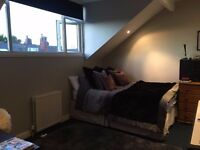 Luxurious furnished double bedroom with WIFI and all bills inc - Burley/kirkstall