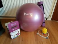 USA PRO Exercise Ball 65cm + Mat ( £15 ONO)