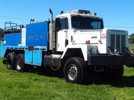 1981 International Paystar 5000 6x6 Traytop/Service Vehicle Truck