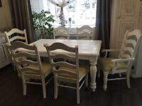 Beautiful Shabby Chic Table and Chairs