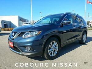 2014 Nissan Rogue SV AWD Panoramic Sunroof  FREE Delivery