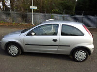 Vaushall Corsa 1.0L 3doors Silver. Ideal first Car with LOW MILEAGE. 2006 model