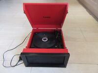 Steepletone SRP1R-11 Retro Style 3 Speed Record Player with Radio - Red