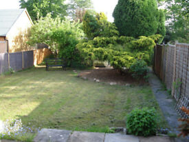 Large 3 bed house with parking and garden just outside Topsham